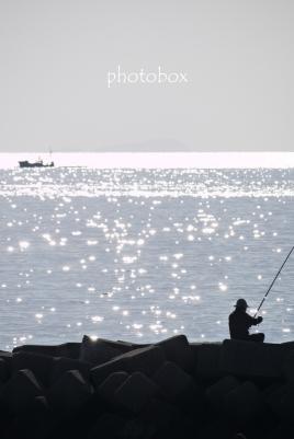 船と釣り人を一緒に写したくて船待ち。釣り人がなかなか竿を持ってくれなくてイライラ(笑)