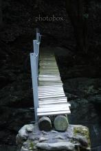 人ひとり通るのがやっとの橋。。。(◎_◎;)
